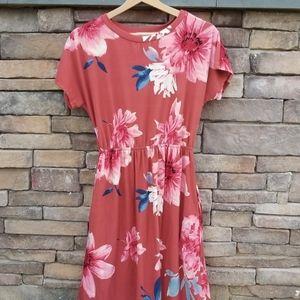 Reb & J. Floral Midi dress